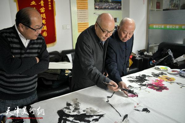 王俊生、刘凤棋、王宝贵在现场。