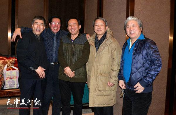 天津河西美协组织写生团成员举行团拜活动