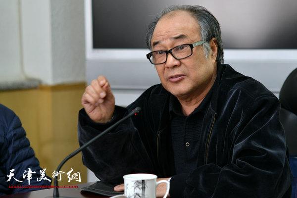 著名花鸟画家郭书仁。