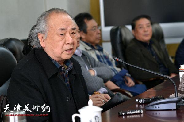 天津美术学院教授、美术史论家王振德。