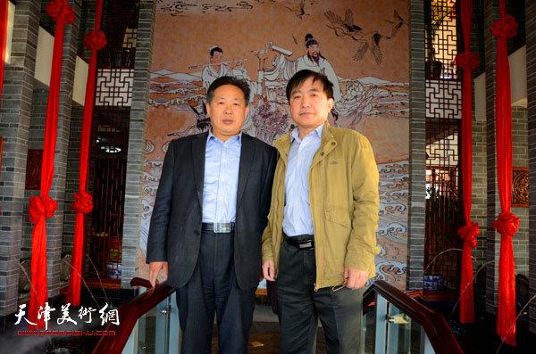 王文元在蓬莱与李总在仙山书画院