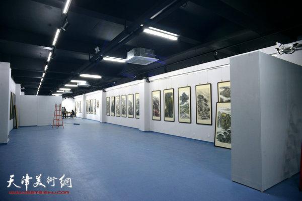 天津美术网艺术馆。