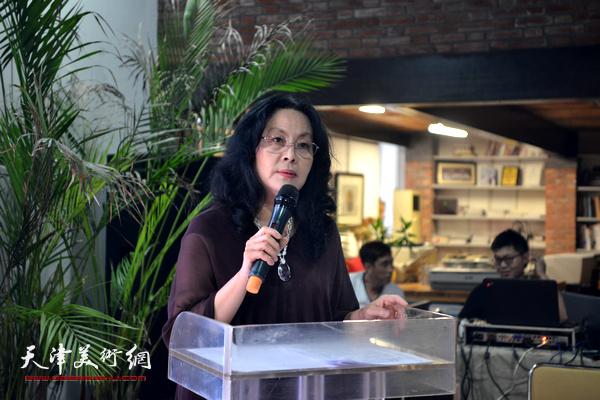 天津音乐学院教授、艺术管理系主任、中国艺术管理教育学会常务副主席张蓓荔做主旨发言。