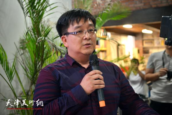 北京国际设计周组委会副主任徐斯致辞。