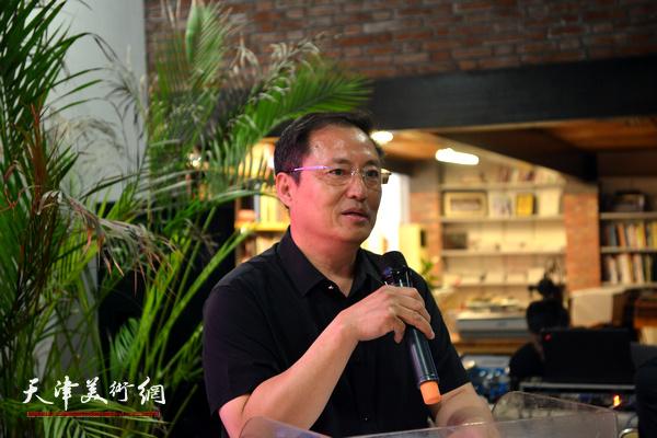 天津城市规划协会、天津城市规划学会秘书长王学斌致辞。