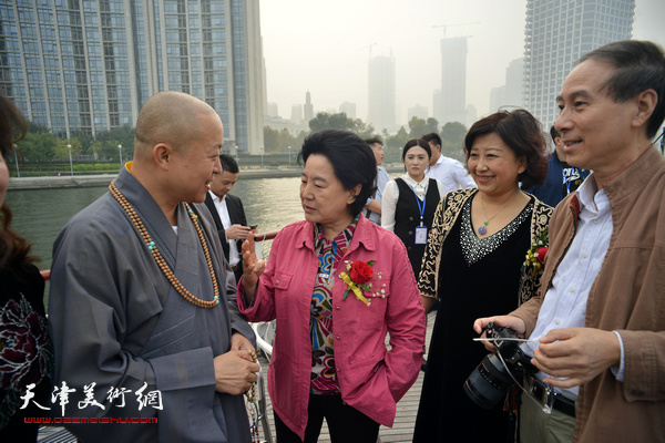 曹秀荣、马竞、智如、闫怡在启动仪式上。