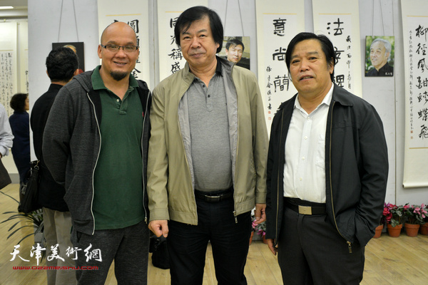 左起:王凤立、史振岭、李耀春。