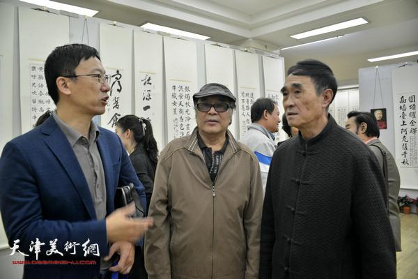 左起:崔寒柏、郭书仁、韩嘉祥。
