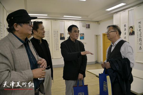 左起:赵士英、杨凤仪、韩嘉祥、陈启智。