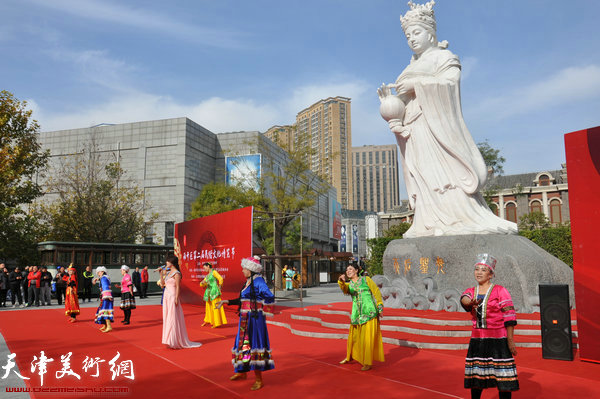 南开区第二届民俗文化博览节开幕