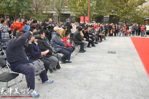 文化博览节吸引众多观者