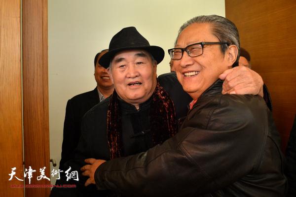 孙伯翔、周志高在津相见格外亲切。