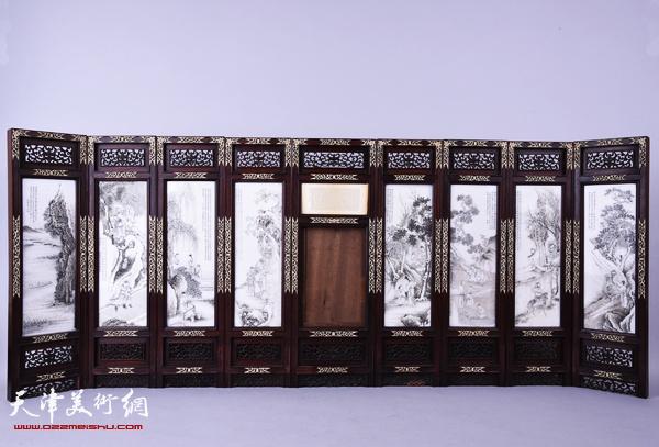 民国吴南愚刻瓷祝寿桌屏 正面