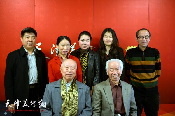 庄征、王俊生、庄雪阳、包仲川、张养峰、翟智慧、张菁在天津美术网演播室