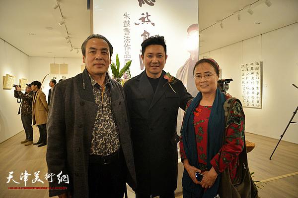 朱懿与李寅虎、吕在现场。