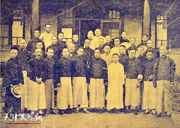 1925年湖社老会员在湖社画会留影