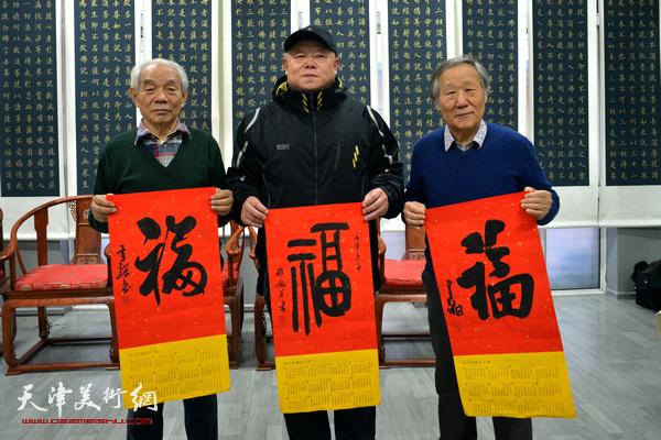 李金水、纪振民、姬俊尧在活动现场。