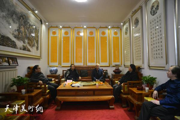 纪振民、姬俊尧、刘国胜、陈钢、王筌力在梅江书画院