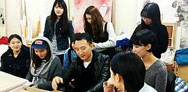 天津画家陈丙利到访韩国东国大学进行学术交流
