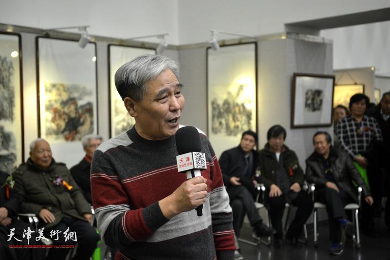相声表演艺术家马志明致辞。