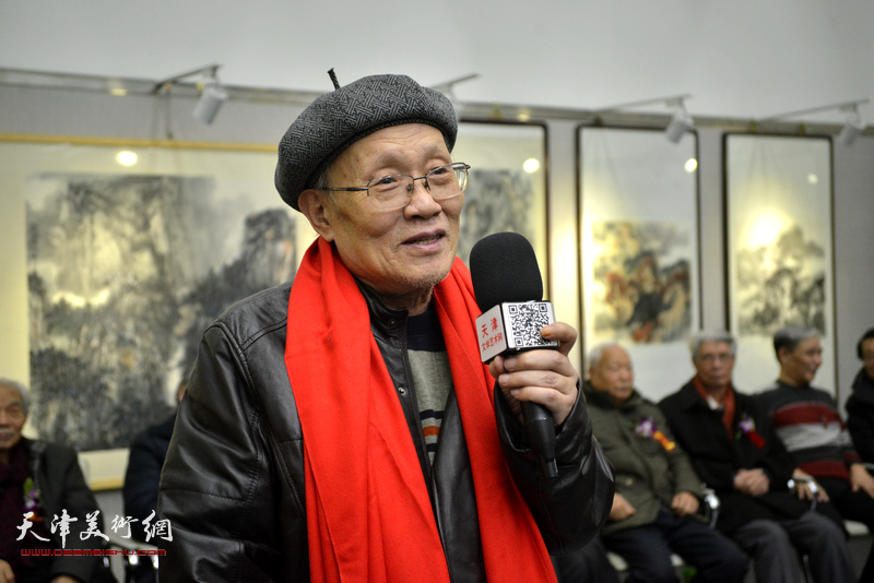 孙长康致答谢词。