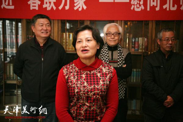 """民进天津""""春联万家""""活动走进北师大天津附中"""