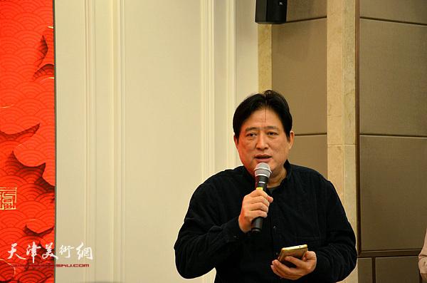 葛洪千代表新徒弟表示决不辜负师父的期望。