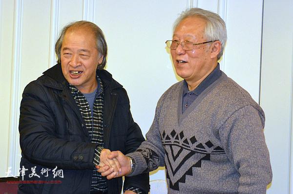 天津美术家协会主席王书平到场祝贺。