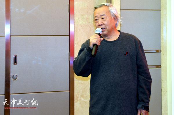 天津工艺美术学院教授阮克敏到场致贺。