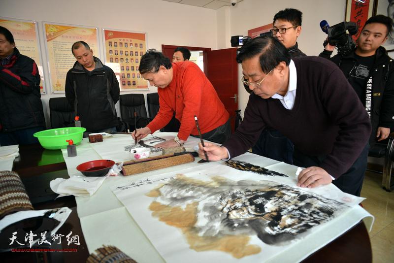 天津美协送文化进万家活动走进静海区范庄子村