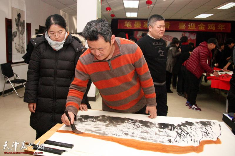 天津画院走进西青区西营门街为居民送艺术