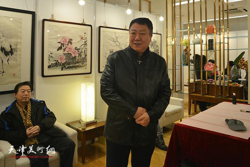 天津玺朗文化传媒公司董事长郭洪友致辞。