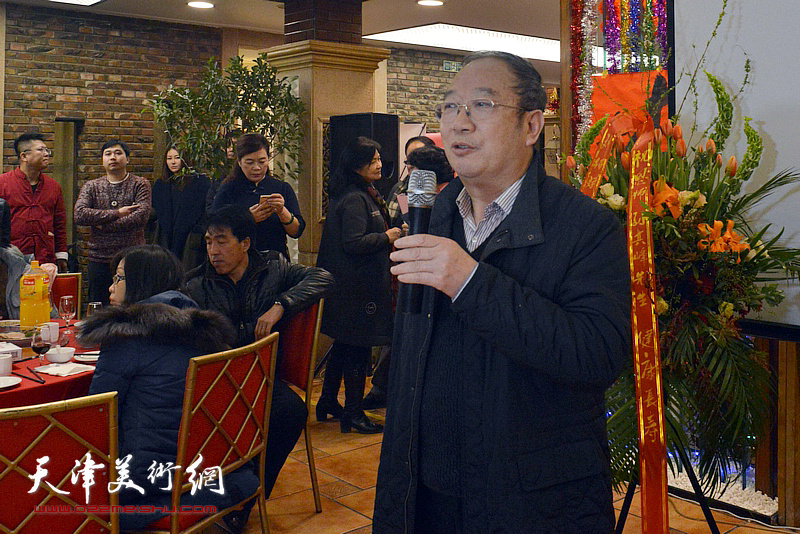 孙其峰先生弟子、海军某部政委余明海致辞。