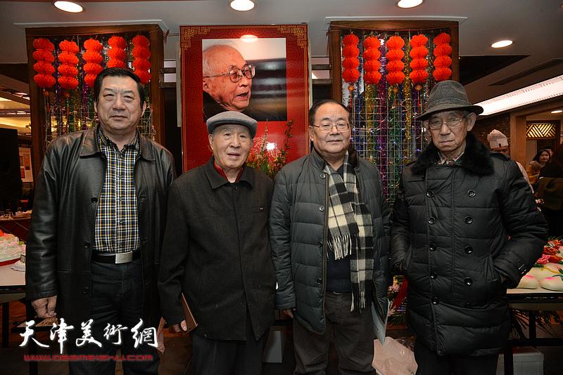 左起:孙玉河、孙贵璞、孙季康、孙芳在庆寿聚会现场。