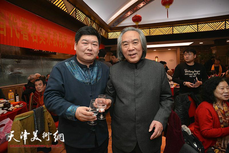 霍春阳、谷乐在庆寿聚会现场。