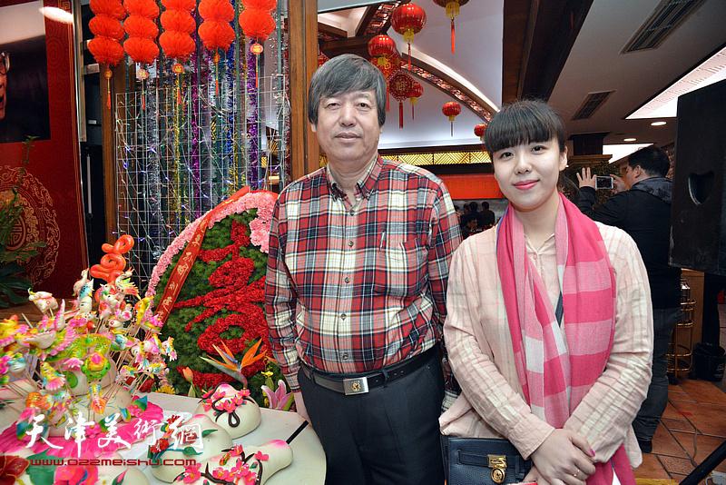 陈元龙、陈慧婷在庆寿聚会现场。