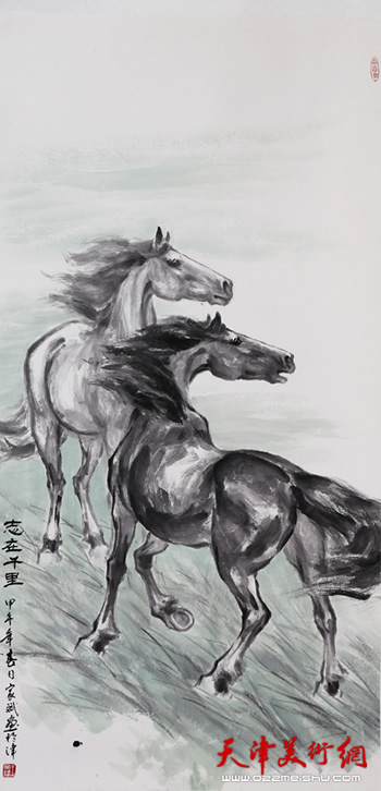 我第一次的雕塑作品《山鬼》参加天津市建国30周年展览时,就在未设一
