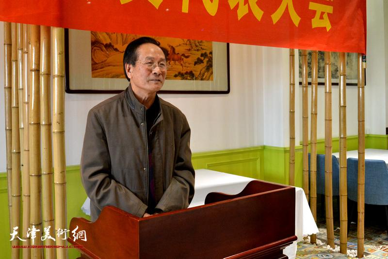 畫家代表郭金標先生發言。