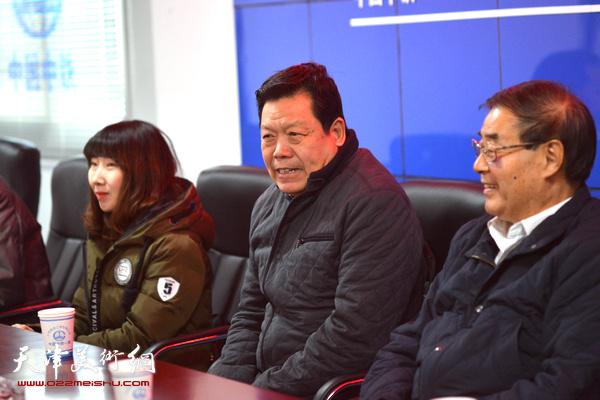 天津市政协书画艺术研究会副秘书长郭鸿春