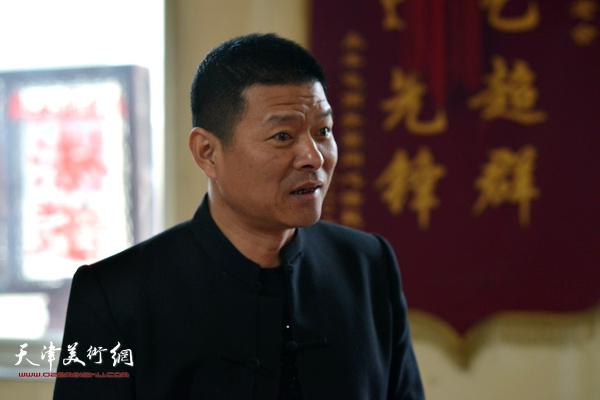 刘玉新谈非遗传承。