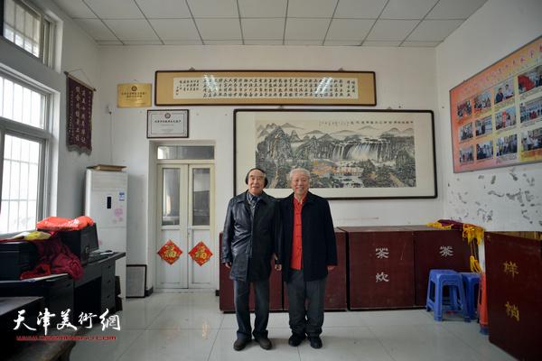 王超、石瑞生在刘园祥音法鼓会。