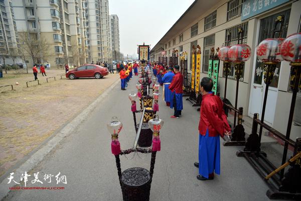 刘园祥音法鼓表演。