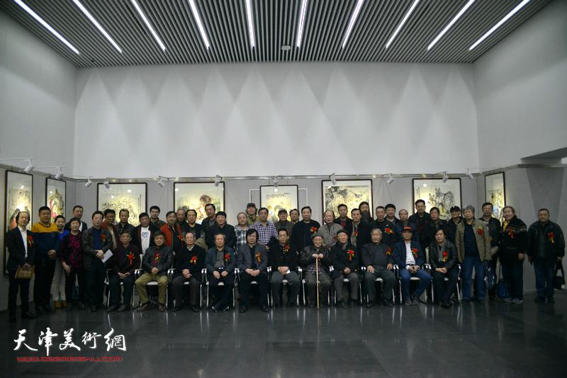 """""""壮心以抒——刘维仑先生个人画展""""3月12日在图书馆开展。"""