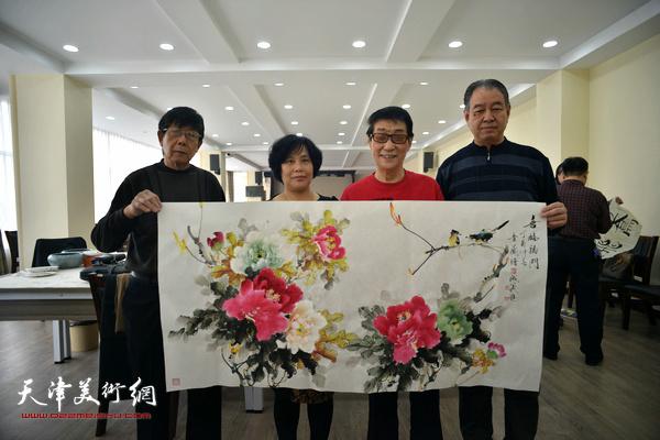 黑成义、陈音兰、杨金池、穆祥旺在活动现场。