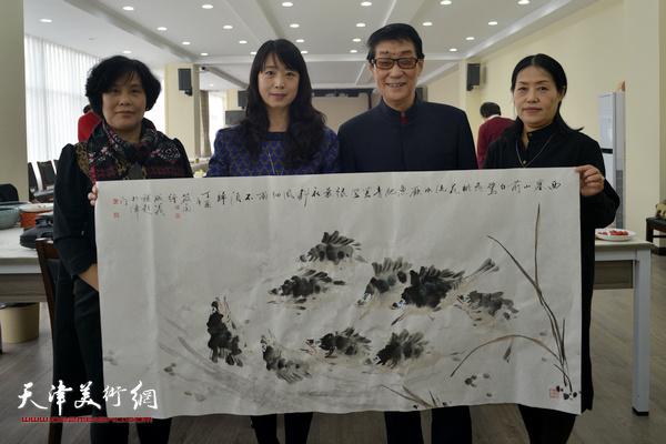 黑成义、陈音兰、赵筱兰、乔美娟在活动现场。