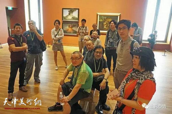 吸烟与鞭刑 记录中国雕塑专委会新加坡之行的一天