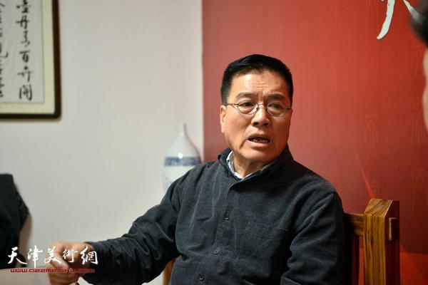 著名画家刘正恽做客天津美术网