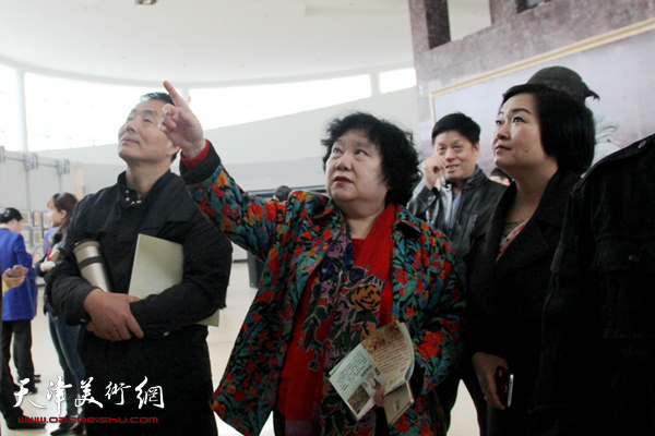 上巳清雅-滨海新区小楷书法展在塘沽博物馆开幕