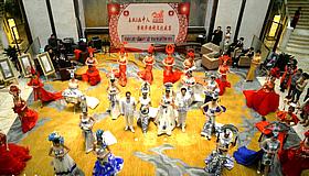 春秋文化·画中人·津利华—2017旗袍文化盛宴在津举行