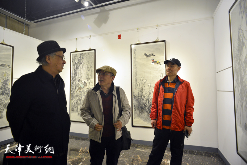 散如味道·水木清华-郑连群水境花鸟巨制画展